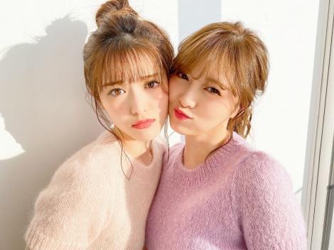 松村沙友理(左)と白石麻衣(2020年2月撮影)
