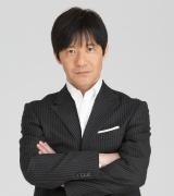 NHKのコント番組『LIFE!』キャストとスタッフで座長・内村光良の半生をフィクションでドラマ化