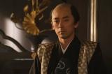 足利義昭(滝藤賢一)=大河ドラマ『麒麟がくる』第26回「三淵の奸計」より(C)NHK