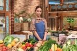 滝沢カレンが料理の腕を振るう『NOとは言わない!カレン食堂』10月3日放送 (C)テレビ朝日