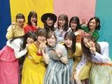 白石麻衣(下段中央)卒業記念本に乃木坂46全メンバーからのメッセージを収録