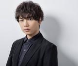 12月2日にニューシングル「君に伝えたいこと」をリリースする山崎育三郎