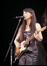 竹内まりや2000年のライブ写真