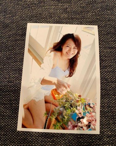 4年前の肌見せショットを公開した丸山桂里奈  (写真は公式ブログより)