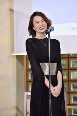 『フランス映画祭2020 横浜』ラインアップ発表記者会見に出席した米倉涼子(C)unifrance films