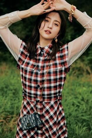 サムネイル 『CanCam』12月号で専属モデルを卒業する堀田茜