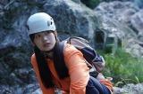 沢口靖子(右)主演『科捜研の女season20』第1話。BEYOOOOONDS・里吉うたの『season20』第1話ゲスト出演!!