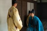 大河ドラマ『麒麟がくる』第27回(10月11日放送)織田信長(染谷将太)は明智光秀(長谷川博己)に「わしの家臣になるか」と誘うが振られてしまう(C)NHK
