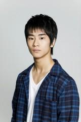 テレビ東京・ドラマ25『猫』(11月13日スタート)天音光司役・前田旺志郎