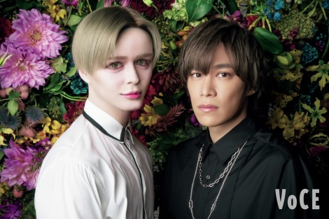 『VOCE』12月号に登場するMattと千賀健永