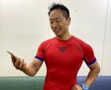 『みんなで筋肉体操 生放送フェス』総合テレビで12月12日生放送。視聴者の参加を募集中。写真は筋トレ指導の谷本道哉氏 (C)NHK