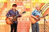 TBS『歌ネタゴングSHOW 爆笑!ターンテーブル』にジャニーズWEST・神山智洋(左)が登場 (C)TBS
