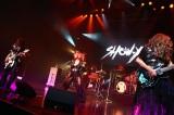 デビュー35周年記念ライブ『The Turning』を行ったSHOW-YA