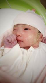 古坂大魔王が第2子女児誕生を報告(写真はTwitterより/事務所許諾済み)
