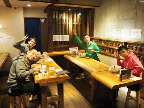 『東野・岡村の旅猿18 プライベートでごめんなさい…』に千鳥が5週連続で出演(C)日本テレビ