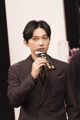 新TV-CM「ガーナブラック&ローストミルク」篇 メイキングカット
