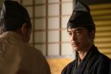 大河ドラマ『麒麟がくる』第30回(11月1日放送)より。久しぶりに美濃に戻る明智光秀(長谷川博己) (C)NHK