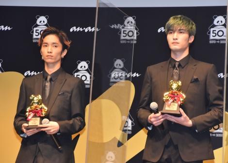 SixTONES(左から)田中樹、ジェシー=『anan AWARD』表彰式 (C)ORICON NewS inc.