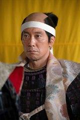 木下藤吉郎(佐々木蔵之介)=大河ドラマ『麒麟がくる』第31回「逃げよ信長」(11月8日放送)より (C)NHK
