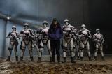 『ウォーキング・デッド』シーズン10 第16話(最終話)のラストに現れた武装した兵士たち(C)2019 AMC Network Entertainment LLC. All Rights Reserved.
