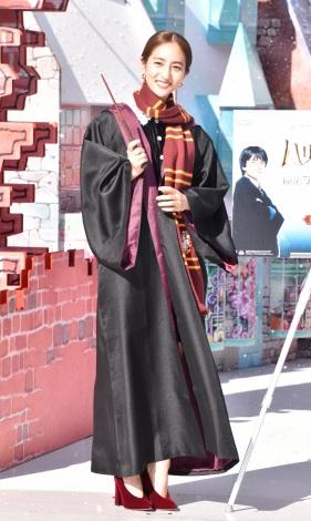 『ハリー・ポッター 魔法ワールドのクリスマス at LAZONA』オープニング記念イベントに出席した堀田茜 (C)ORICON NewS inc.