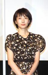 映画『ホテルローヤル』初日舞台あいさつに登場した波瑠 (C)ORICON NewS inc.