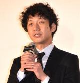 映画『ドクター・デスの遺産-BLACK FILE-』公開記念舞台あいさつに出席した深川栄洋監督