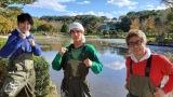 中川大志、念願の池の水抜きに挑戦