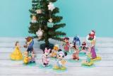 パジャマ姿のディズニーキャラクターとおうちクリスマス?(C) Disney (C) Disney. Based on the