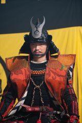 織田信長(染谷将太)=大河ドラマ『麒麟がくる』第32回(11月15日放送)より(C)NHK