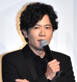 映画『ばるぼら』公開記念舞台あいさつに登壇した稲垣吾郎