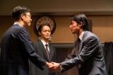 連続テレビ小説『エール』第23週・第113回より。池田(北村有起哉)はその腕を見込まれて、大きなエンターテイメント会社にヘッドハンティングされる(C)NHK