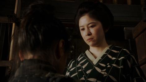 連続テレビ小説『おちょやん』千代と対立していく栗子(宮澤エマ) (C)NHK