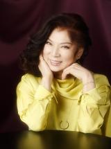 『日本作詩大賞』では新人賞の最優秀作品『居酒屋「昭和」』を歌唱する八代亜紀