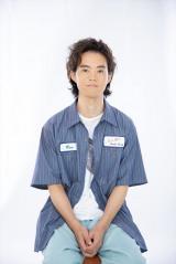 美容師の慎太郎(HIROSHI)=ABCテレビ・テレビ朝日で1月スタートの新ドラマ『3Bの恋人』(C)ABCテレビ