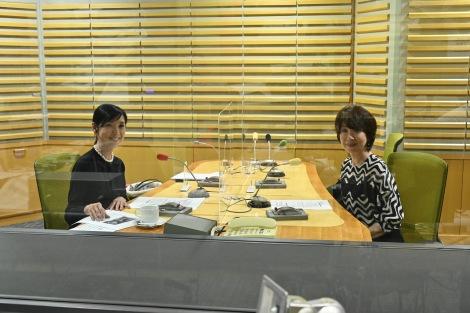 黒木瞳がナビゲーターを務める「ENEOS プレゼンツ あさナビ」に伊藤蘭がゲスト出演(C)ニッポン放送