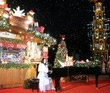 『東京クリスマスマーケット2020』内の「リンツ」ブースに登場した広瀬香美 (C)ORICON NewS inc.