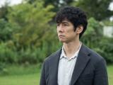 土曜ドラマ『ノースライト』(12月12日・19日放送)青瀬稔(西島秀俊)(C)NHK