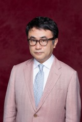 2021年放送スペシャルドラマ『死との約束』脚本を担当する三谷幸喜(C)フジテレビ