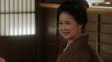 芝居茶屋「岡安」の先代女将・岡田ハナ(宮田圭子)=連続テレビ小説『おちょやん』 (C)NHK