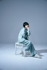 クリスマスに1stデジタルシングル「ダンスの理由」をリリースする平手友梨奈