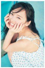日向坂46・齊藤京子ソロ写真集『とっておきの恋人』通常版裏表紙 撮影:岡本武志