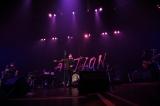 """12月24日開催、「藤井フミヤ コンサートツアー 2020-2021 """"ACTION""""」東京・LINE CUBE SHIBUYA(渋谷公会堂)公演の模様"""