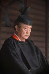 三条西実澄(石橋蓮司)=大河ドラマ『麒麟がくる』第38回より(C)NHK