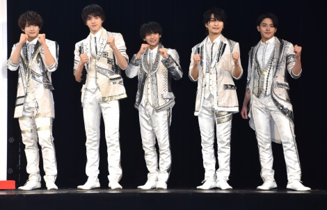 美 少年=帝国劇場12・1月公演 舞台「DREAM BOYS」巨大書き初め披露 (C)ORICON NewS inc.