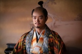 信長(染谷将太)=大河ドラマ『麒麟がくる』第37回より(C)NHK