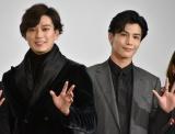 2021年の抱負を語った(左から)新田真剣佑、岩田剛典 (C)ORICON NewS inc.