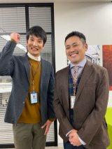 『しゃべくり007』で行われた『ウチの娘は、彼氏が出来ない!!』出演者オーディションで決定し緊張のクランクインを果たしたソラシド本坊(左)と有田哲平(右) (C)日本テレビ