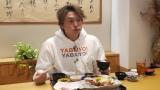 腹ペコ香取慎吾、食べるの早すぎて充電できない!?(C)テレビ東京