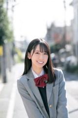 日向坂46・金村美玖『サンデー』で少年誌初ソロ表紙 グラビアテーマは「最後の制服デート」